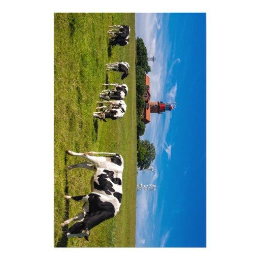 Vaches sur un pré avec le phare papiers à lettres