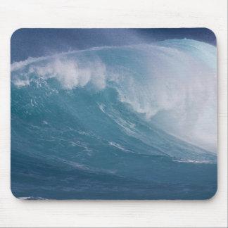 Vague bleue se brisant, Maui, Hawaï, Etats-Unis Tapis De Souris