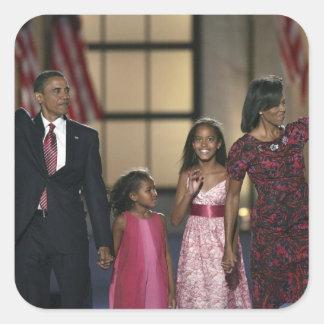 Vague de famille de Barak Obama à la nuit dernière Sticker Carré