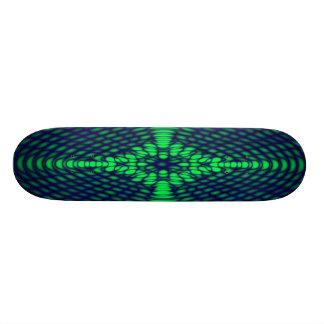 Vagues Trippy vertes et bleues de diffraction géom Skateboards Personnalisés