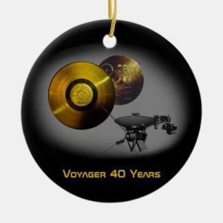 Vaisseau spatial de Voyager et disque d'or à 40 Ornement Rond En Céramique