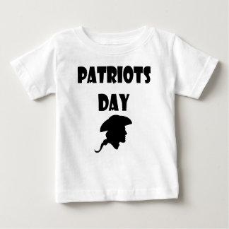 Valeur et qualité de cadeaux de jour de patriotes t-shirt pour bébé