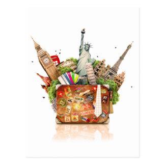 Valise complètement de destinations de voyage carte postale