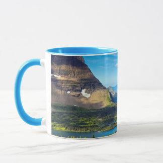 Vallée au-delà mug