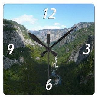 Vallée de Yosemite en parc national de Yosemite Horloge Carrée