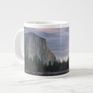 Vallée de Yosemite Mug