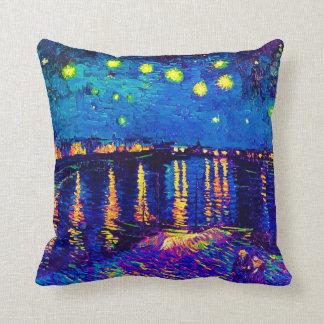 Van Gogh - nuit étoilée au-dessus de l'art de Oreiller