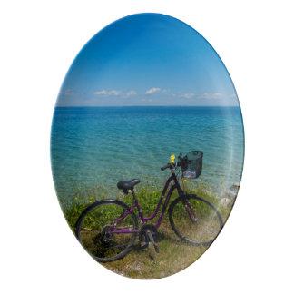 Vélo chez Mackinac Plateau De Service En Porcelaine