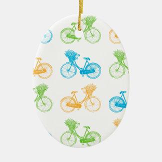 Vélos vintages avec le panier du mur coloré de ornement ovale en céramique