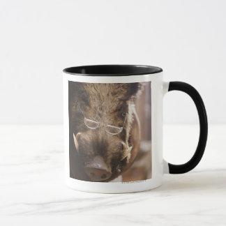 Verres de port bourrés de sanglier dehors mug