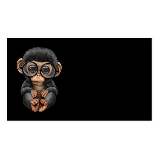 Verres de port de chimpanzé mignon de bébé sur le  cartes de visite personnelles