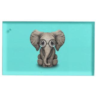Verres de port d'éléphant ringard de bébé porte-numéro de table