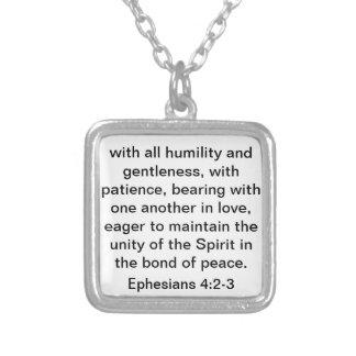 Vers de bible au sujet de l'amour pour le mariage  pendentif carré