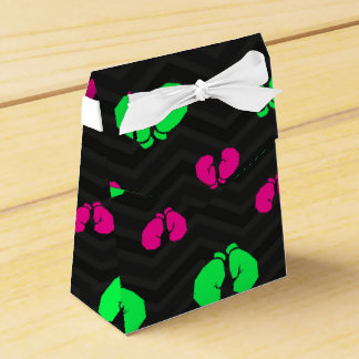 Vert au néon, rose indien, gants de boxe, Chevron Boite Faveurs De Mariage