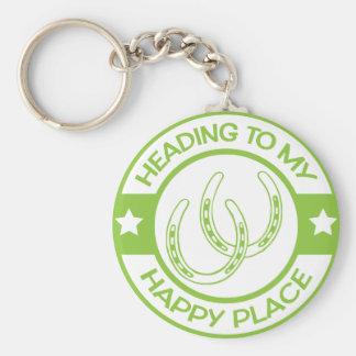 Vert de chaux heureux de fers à cheval de porte-clé rond