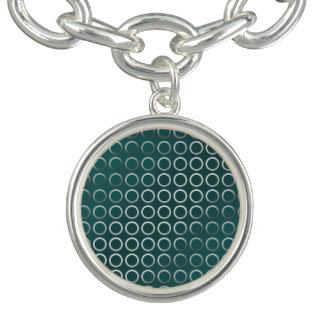 vert géométrique argenté de turquoise de motif de bracelet avec breloques