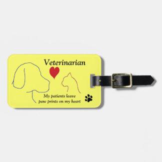 Vétérinaire - empreintes de pattes sur mon coeur étiquette à bagage