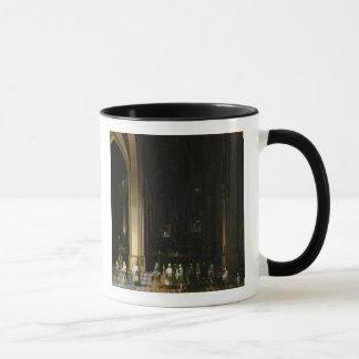 Viaticum à l'intérieur d'une église mug