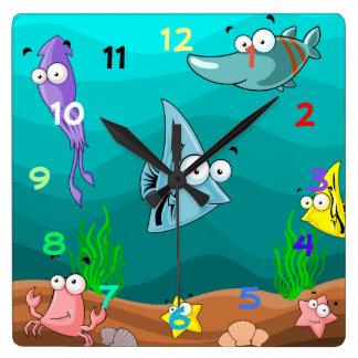 Vie marine sous la mer avec des nombres horloge carrée