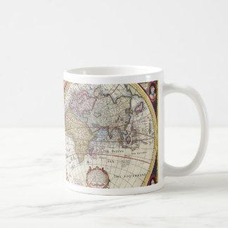 Vieille carte du monde mug blanc