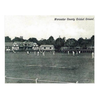Vieille carte postale - au sol de cricket de