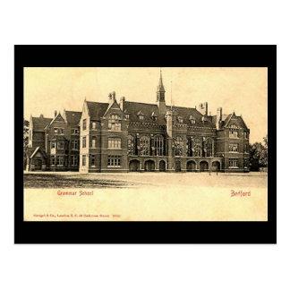 Vieille carte postale, lycée de Bedford