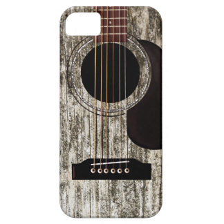 Vieille guitare acoustique en bois étui iPhone 5