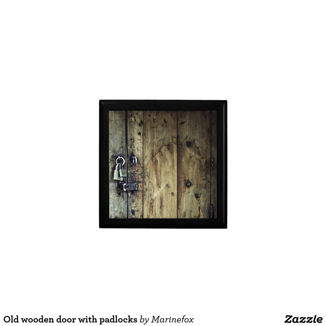 vieille porte en bois avec des cadenas bo tes bijoux. Black Bedroom Furniture Sets. Home Design Ideas