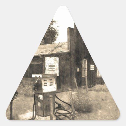 Vieille station service vintage stickers en triangle