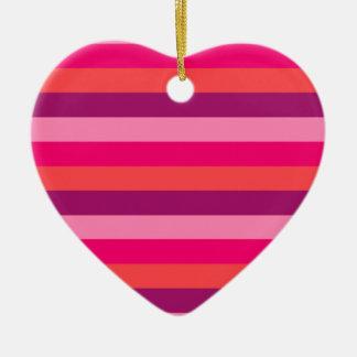 Vieilles conceptions de produit vintages de ornement cœur en céramique