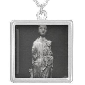 Vierge et enfant 4 pendentif carré