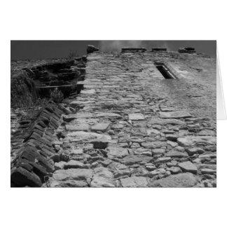 Vieux bâtiment. Mur en pierre grand Carte De Vœux
