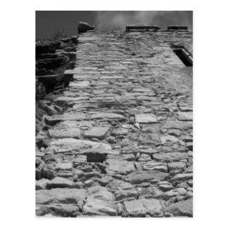 Vieux bâtiment. Mur en pierre grand Carte Postale