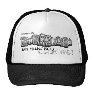 Vieux casquette de bâtiments de ville de San