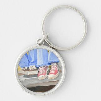 Vieux chaussures et porte - clé de voiture porte-clé rond argenté