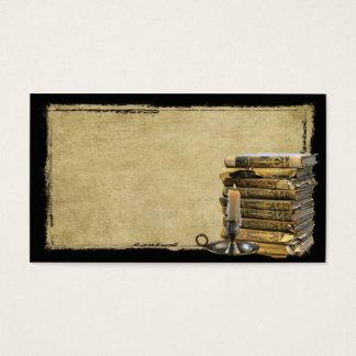 Vieux livres et cartes de visite professionnelle