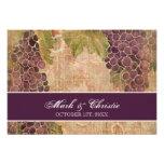 Vignoble âgé de raisin épousant la carte de répons invitation