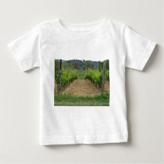 Vignoble au printemps. La Toscane, Italie T-shirt Pour Bébé