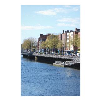 Ville de Dublin sur le Liffey Prospectus Customisé