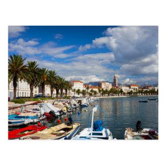 Ville de marina de fente en Croatie Cartes Postales