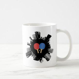Ville de ping-pong mug