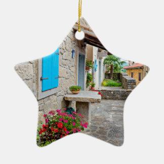 Ville de vieille vue pavée en cailloutis de rue de ornement étoile en céramique