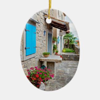 Ville de vieille vue pavée en cailloutis de rue de ornement ovale en céramique