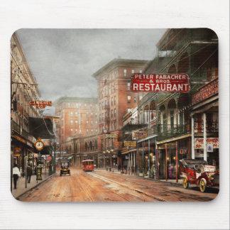 Ville - la Nouvelle-Orléans - un regard à l'avenue Tapis De Souris