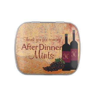 Vin et raisins après des menthes de dîner | boites jelly belly