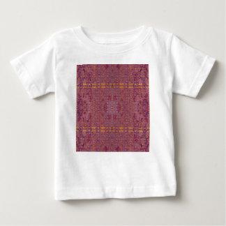 violet t-shirt pour bébé