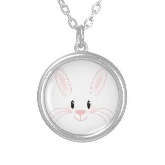 Visage de lapin pendentif rond