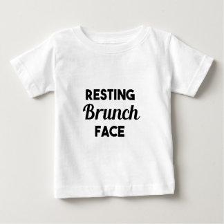 Visage de repos de brunch t-shirt pour bébé
