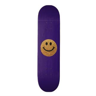 Visage de smiley de scintillement de faux d'or skateboards cutomisables
