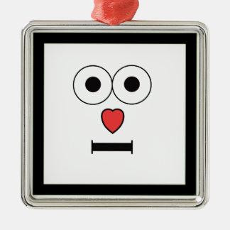 Visage étonné avec le nez de coeur ornement carré argenté